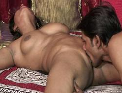 Stud licks indian pussy to the fore she suck his sweetmeats