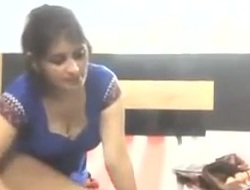 Boss ki spliced ki choot li - Watc full to hand hotcamgirls.in